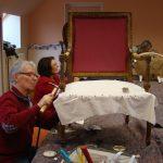 Travail en Atelier Réfection de sièges - Cloutage